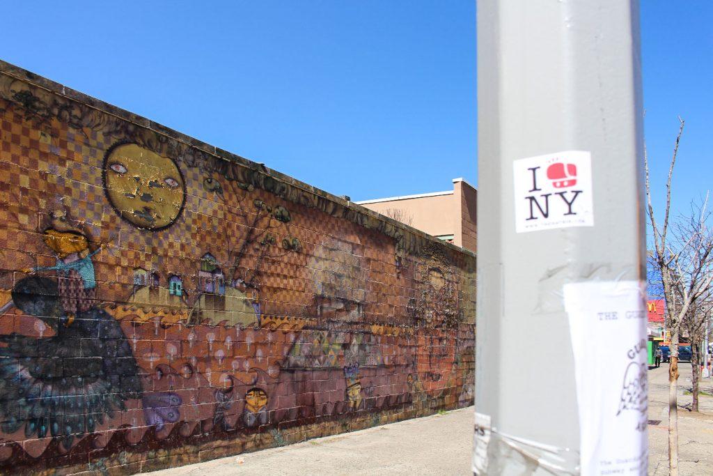 Street art New York City OS GEMEOS